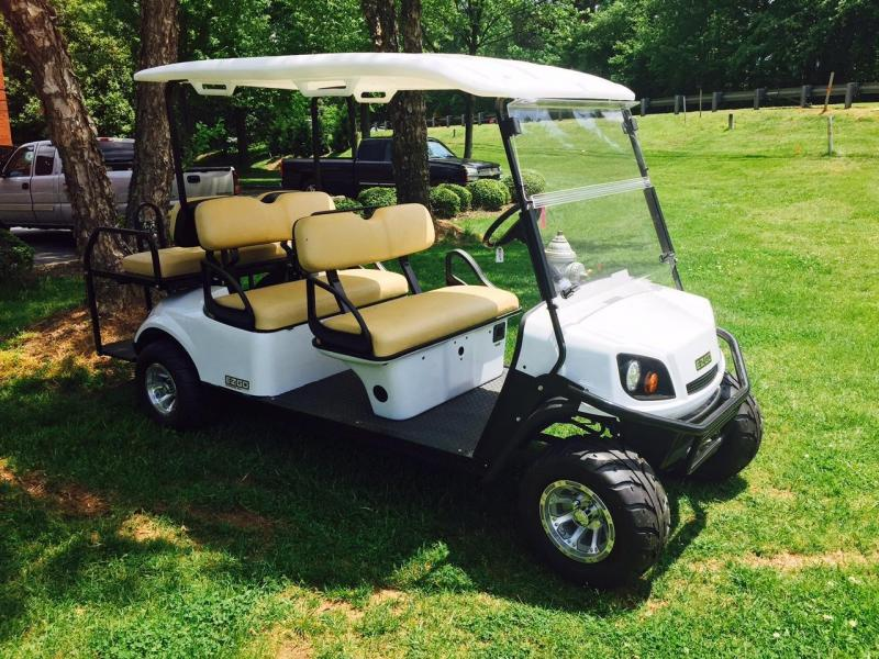 2018 E-Z-Go Express S6 Golf Cart