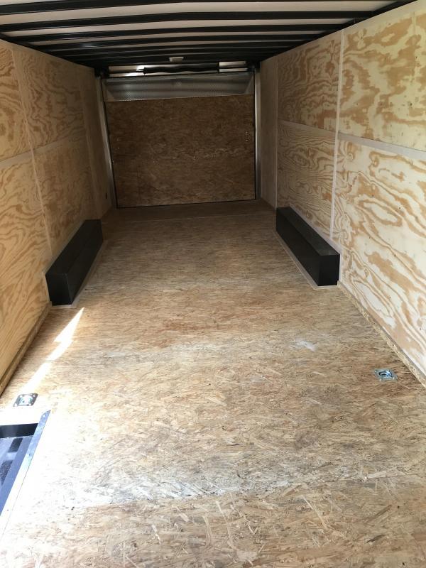 2018 Doolittle Trailer Mfg 8.5X24 10K Bullitt cargo Enclosed Cargo Trailer
