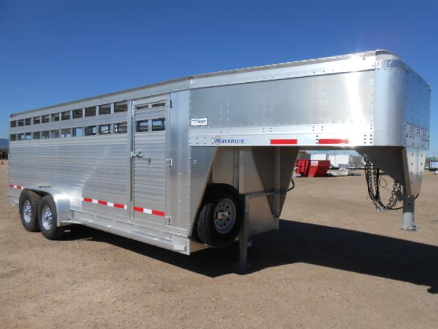 2020 EBY 20FT MAVERICK Livestock Trailer in Ashburn, VA