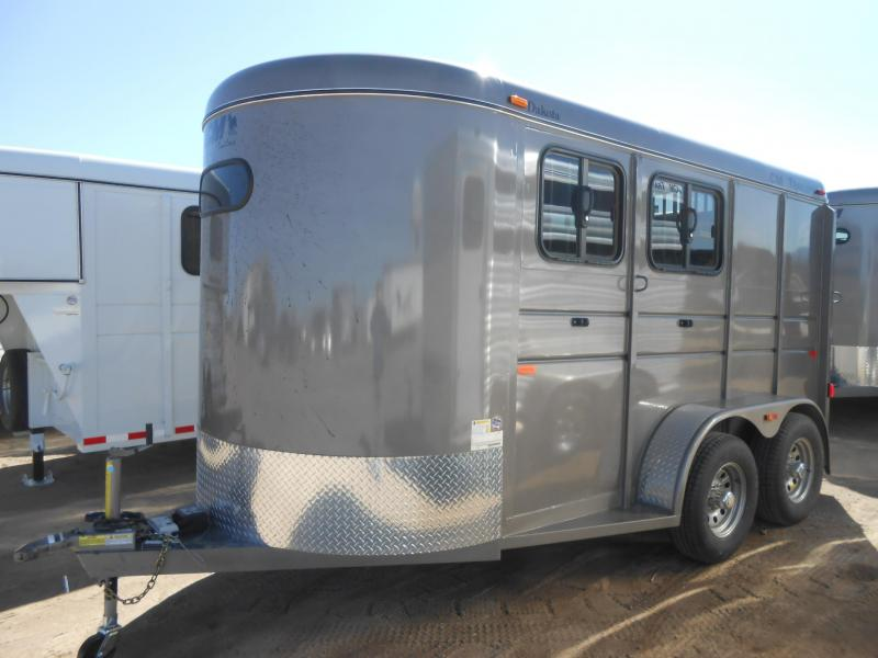 2019 CM DAKOTA 2 Horse Slant Trailer