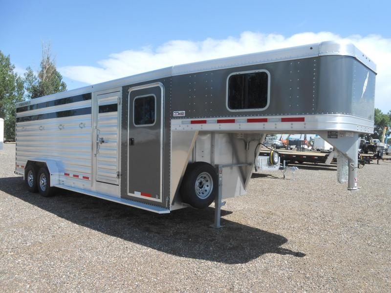 2020 Featherlite 8413-24ft Livestock Trailer in Ashburn, VA