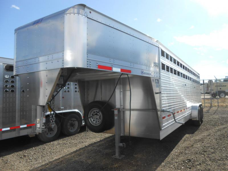 2020 EBY 24FT MAVERICK Livestock Trailer in Ashburn, VA