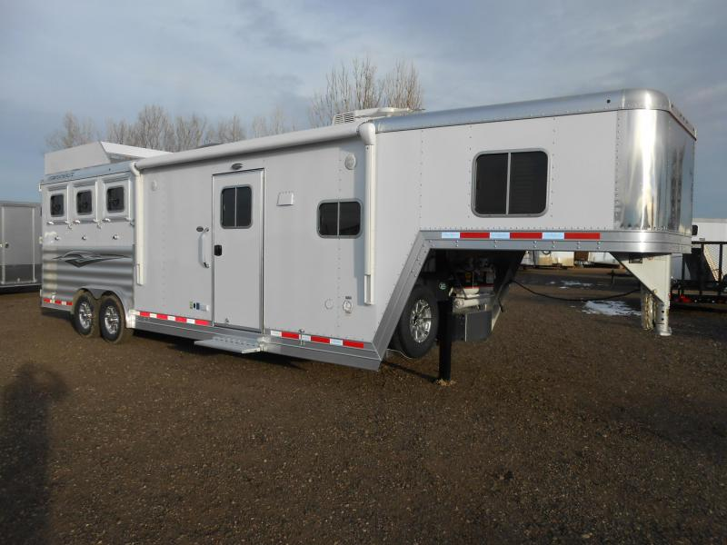 2017 Featherlite 9821 3 Horse 11' Living Quarter Trailer