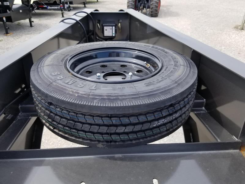 2018 Diamond C Trailers FMAX 210 Equipment Trailer