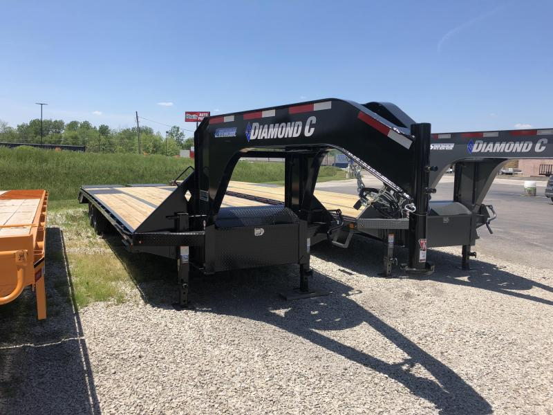 "2018 27'+5'x102"" 25.9k Diamond C GN Equipment Trailer. 00419"
