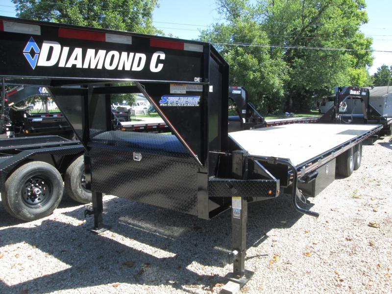 2019 26' Diamond C Trailers DET207 Equipment Trailer