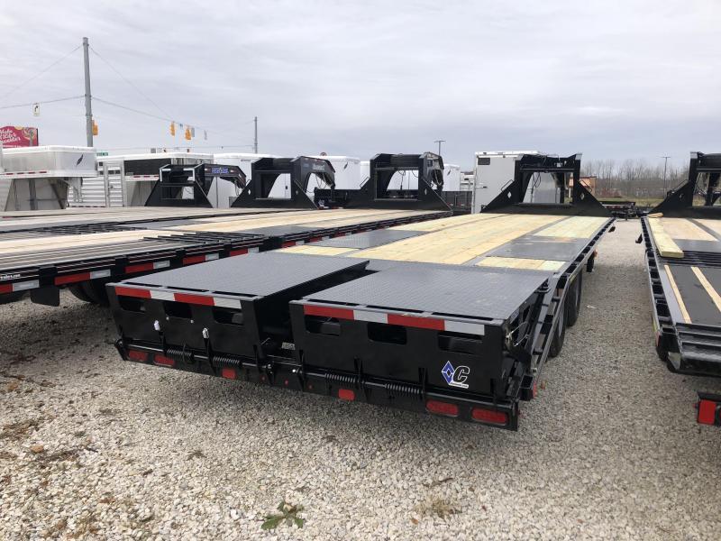 2019 25+5 25K Diamond C GN Equipment Trailer. 7167
