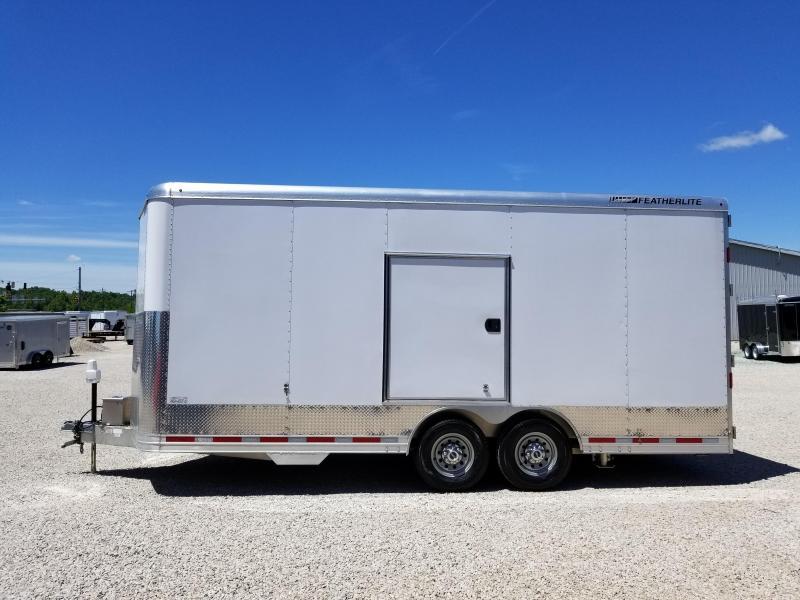 2014 Featherlite 4926-0020 Enclosed Cargo Trailer