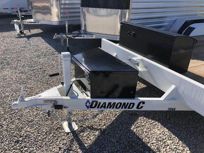 2019 16+2 7k Diamond C Carhauler. 04749
