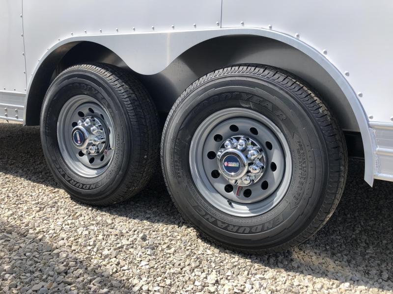 2019 8.5'x20' 10k Featherlite Enclosed Car Trailer. 149716