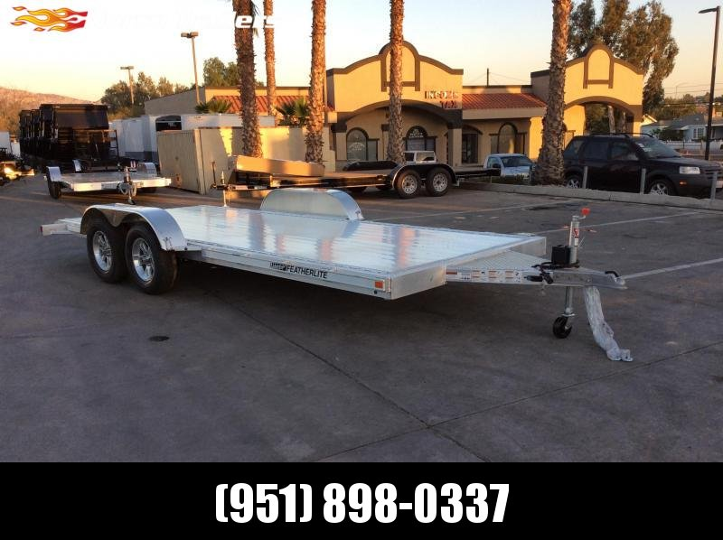 2018 Featherlite 8.5 x 18' 3182 Flatbed Car / Racing Trailer
