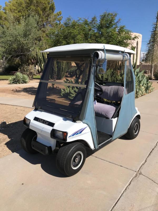 2000 Club Car DS Golf Cart