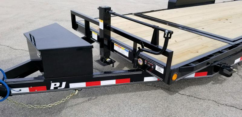 2019 PJ Trailers T6202 Equipment Trailer - Tilt