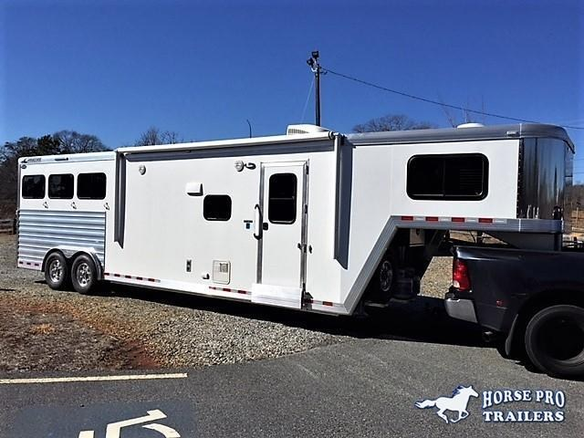 2018 Cimarron Norstar 3 Horse 12'6 Outback Living Quarters w/Slide Out