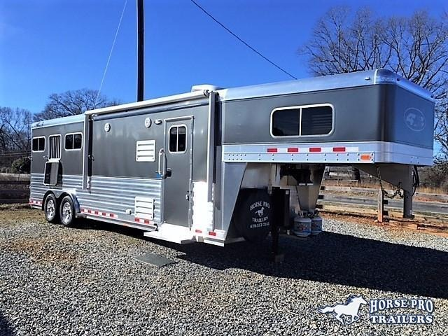 "2019 4-Star 3 Horse 10'6"" Outback Living Quarters"
