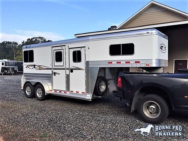 2019 4-Star Deluxe 2 Horse Straight Load Gooseneck- WERM FLOORING! in Murrayville, GA