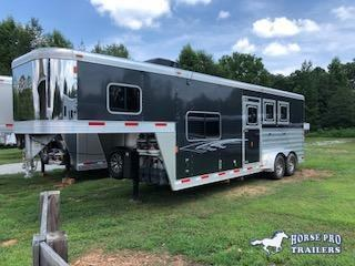 2016 Exiss Escape 3 Horse Sierra 8'6 Living Quarters