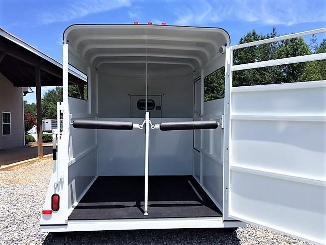 2019 Bee Wrangler 2 Horse Straight Load Bumper Pull w/Padding