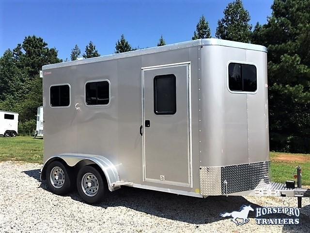 2019 Kiefer Kruiser 2 Horse Slant Load Bumper Pull w/Rear Tack