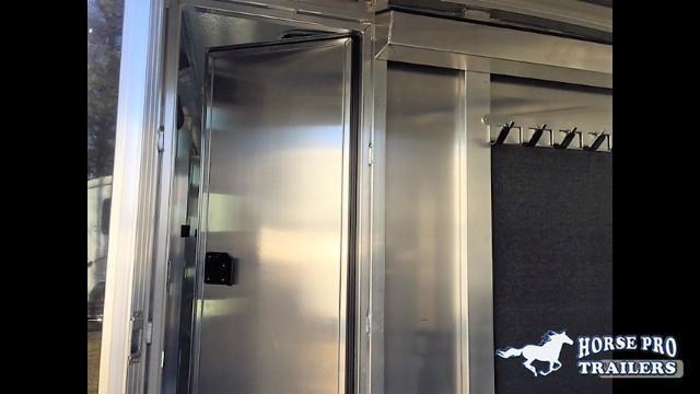 2018 Cimarron Showstar 20'6 Low Profile Pig/Stock Bumper Pull- ADJUSTABLE PENS!