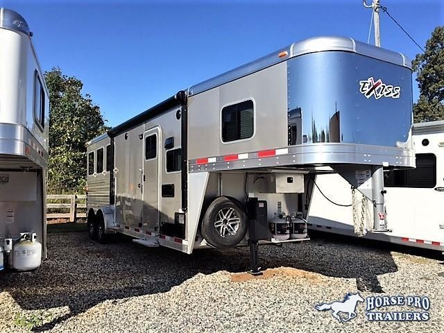 2019 Exiss Escape 3 Horse 8'6 Living Quarters- POLYLAST FLOOR!
