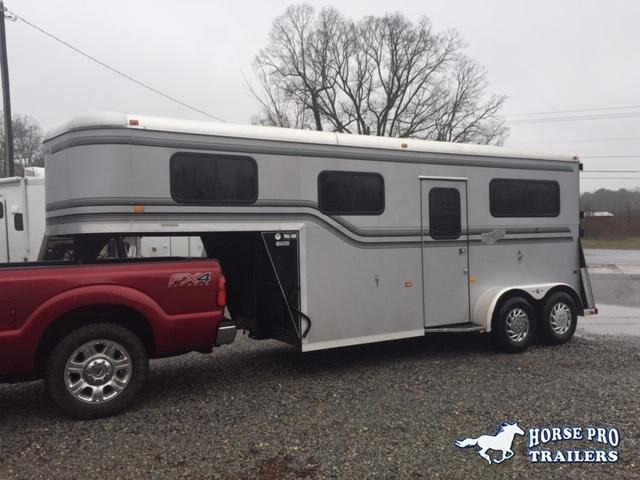 2005 Kingston 2 Horse Straight Load Thoroughbred Gooseneck