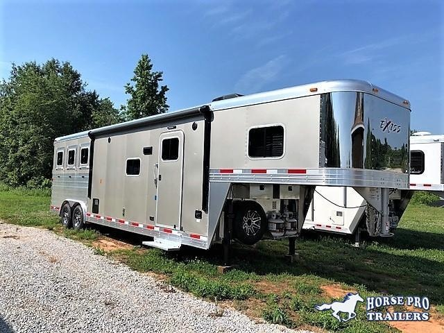 2018 Exiss Endeavor 3 Horse Slant Load 12'6 Living Quarters w/ Slide Out in Gillsville, GA