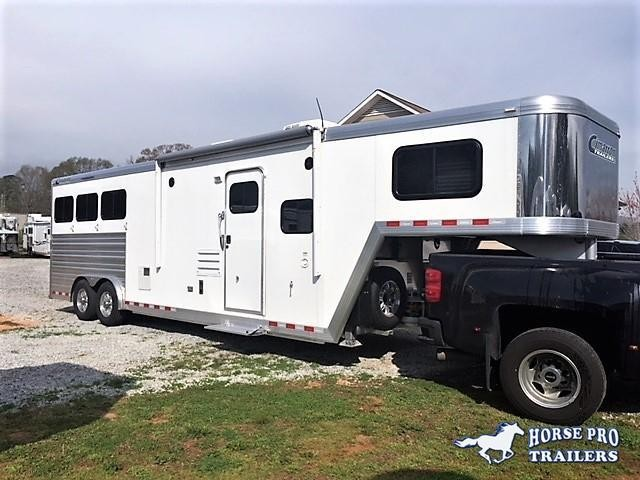 2018 Cimarron Norstar 3 Horse 10'8 Prostar by Outlaw Living Quarters w/Slide Out