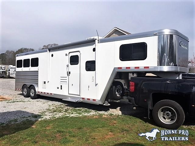 2018 Cimarron Norstar 3 Horse 10'8 Prostar by Outlaw Living Quarters w/Slide Out
