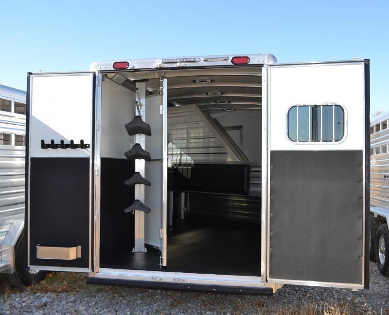 2020 Cimarron Norstar 3 Horse Slant Load Gooseneck w/Rear Tack