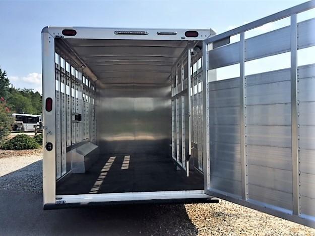 2018 Cimarron Lonestar Stock Combo 10'9 Outback Living Quarters w/Slide Out & Midtack w/Bunk Beds