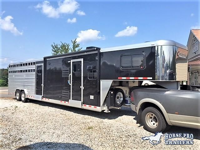2018 Cimarron Lonestar Stock Combo 10'9 Outback Living Quarters w/Slide Out & Midtack w/Bunk Beds