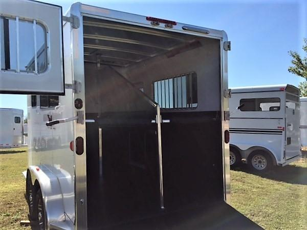 2018 Exiss 722 2 Horse Straight Load Bumper Pull