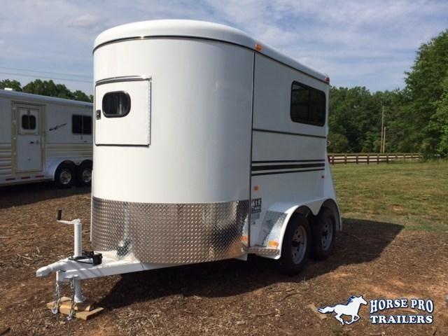 2019 Bee 2 Horse Straight Load Bumper Pull w/Windows