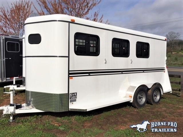 2019 Bee 3 Horse Slant Load Bumper Pull- DROP WINDOWS on Head