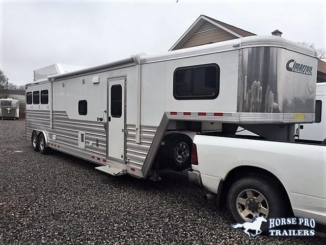 2019 Cimarron 3 Horse 14'6 Living Quarters w/Slide Out in Baldwin, GA