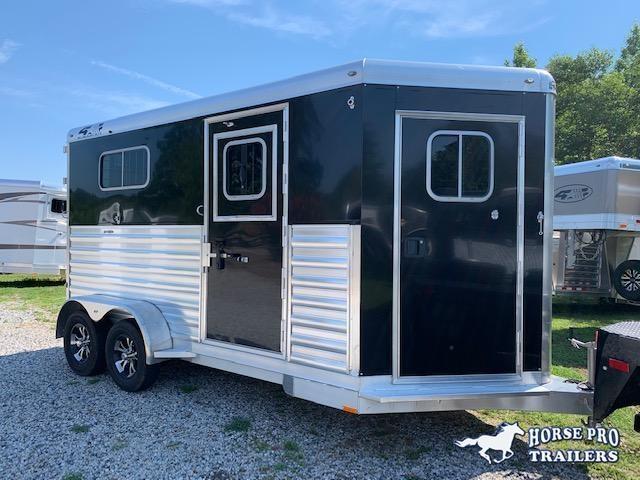 2020 4-Star 2 Horse Straight Load Bumper Pull w/QUIET RIDE & WERM FLOORING!