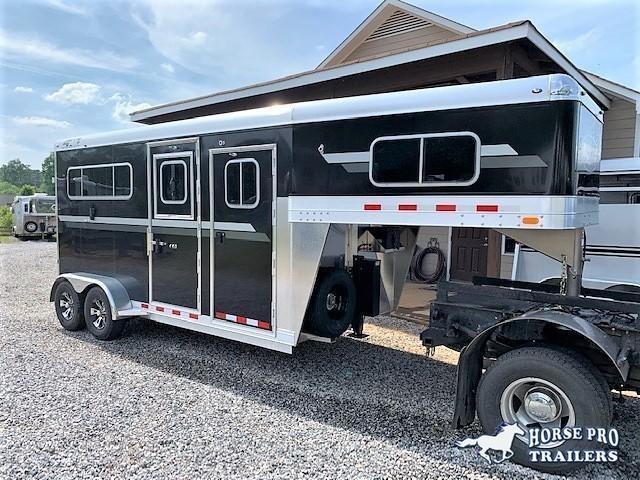 2020 4-Star 2 Horse Straight Load Gooseneck w/WERM FLOORING & HYDRAULIC JACK! in Ashburn, VA