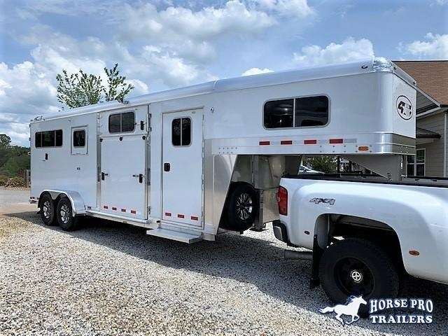 2020 4-Star 2+1 Gooseneck- 22' w/ROOF INSULATION & FANS!