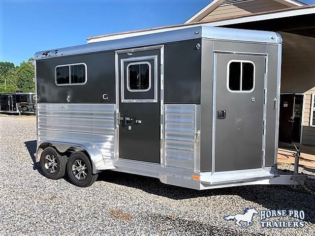 2020 4-Star 2 Horse Straight Load Bumper Pull w/ROOF INSULATION & FANS! in Ashburn, VA