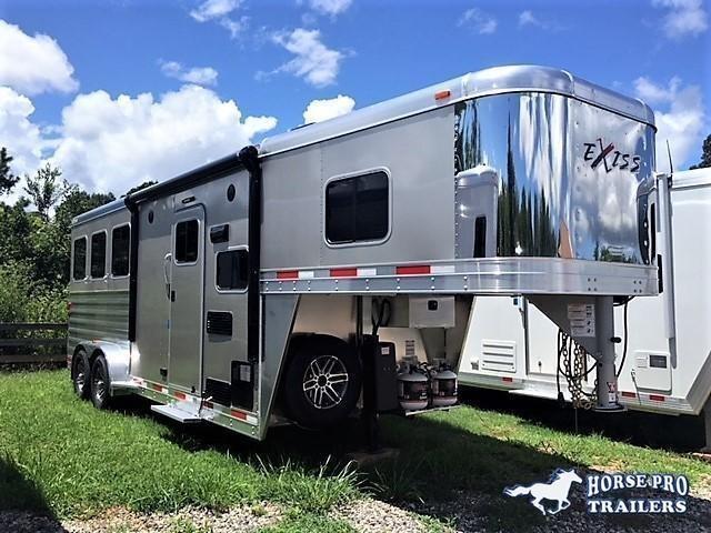 2019 Exiss Escape 3 Horse 6'6 Living Quarters- POLYLAST FLOOR!