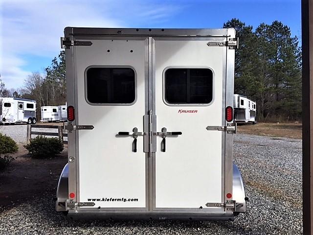 2018 Kiefer Kruiser 2 Horse Slant Load Bumper Pull w/Rear Tack