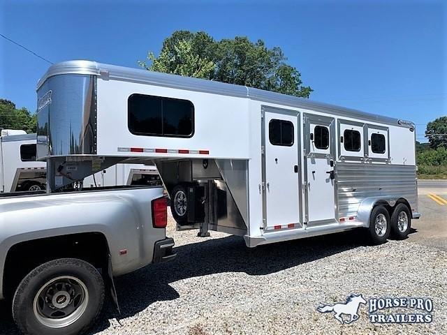 2020 Cimarron 3 Horse Slant Load Gooseneck w/REAR TACK & HYDRAULIC JACK! in Ashburn, VA