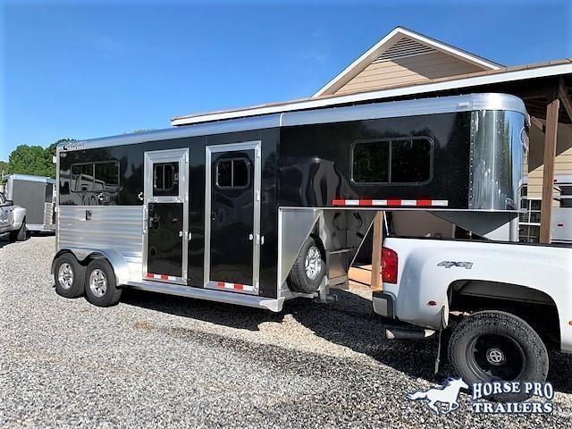 2020 Cimarron 2 Horse Straight Load Gooseneck w/ 5' DRESSING ROOM! in Ashburn, VA