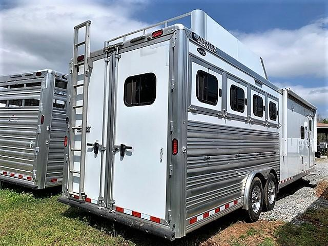 2016 Cimarron Trailers Norstar 4 Horse 13 Outback LQ Horse Trailer