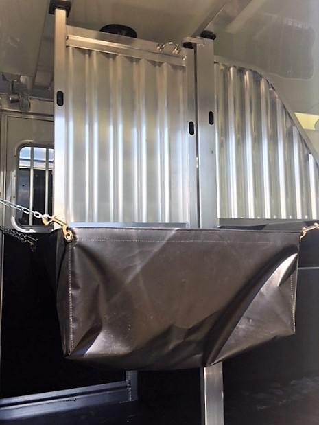 2020 4-Star 2 Horse Straight Load Bumper Pull w/INSULATION & FANS!