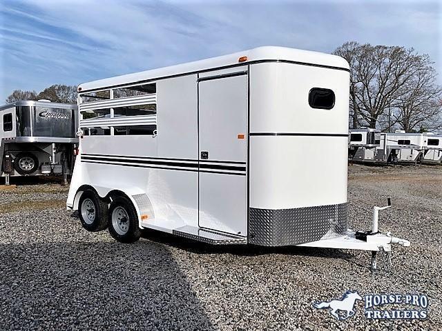 2019 Bee 2 Horse Slant Load Bumper Pull XL