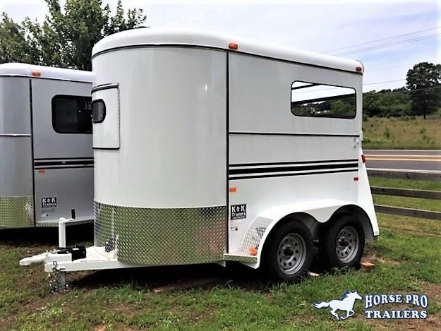 2019 Bee Wrangler 2 Horse Straight Load Bumper Pull in Bishop, GA