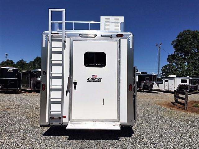 2018 Cimarron 3 Horse 14'8 Outback Living Quarters w/Side Load- Full Rear Tack & GENERATOR!