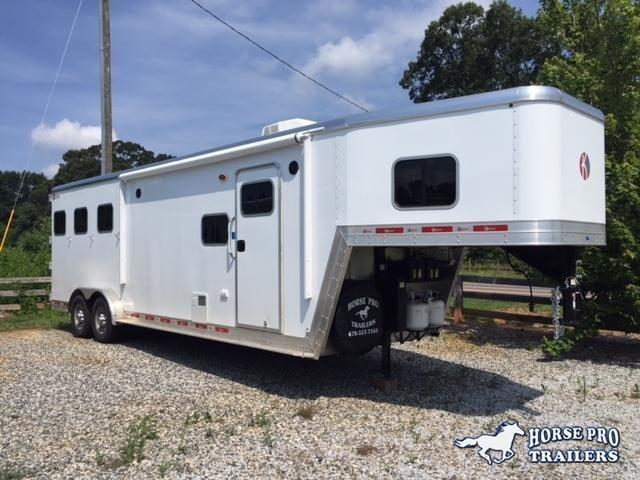 2019 Kiefer Genesis 3 Horse 10'6'LSR Living Quarters in Ashburn, VA